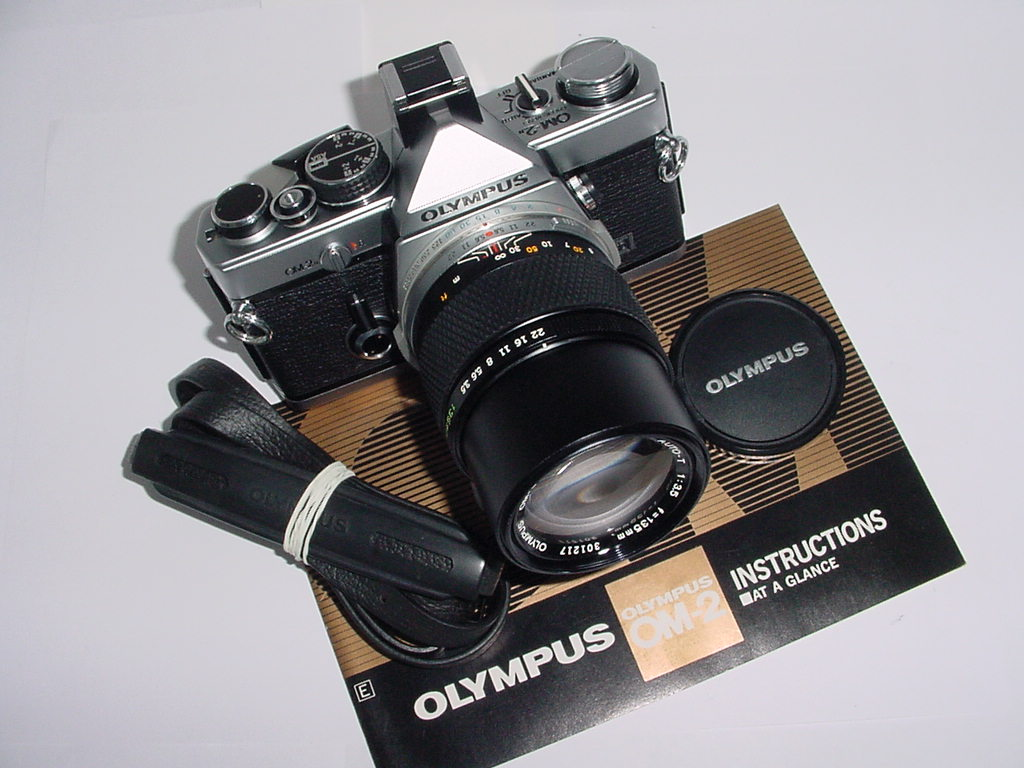 Olympus OM-2N MD 35mm Film SLR Manual Camera w/ OLYMPUS 1353.5 ZUIKO AUTO-T Lens