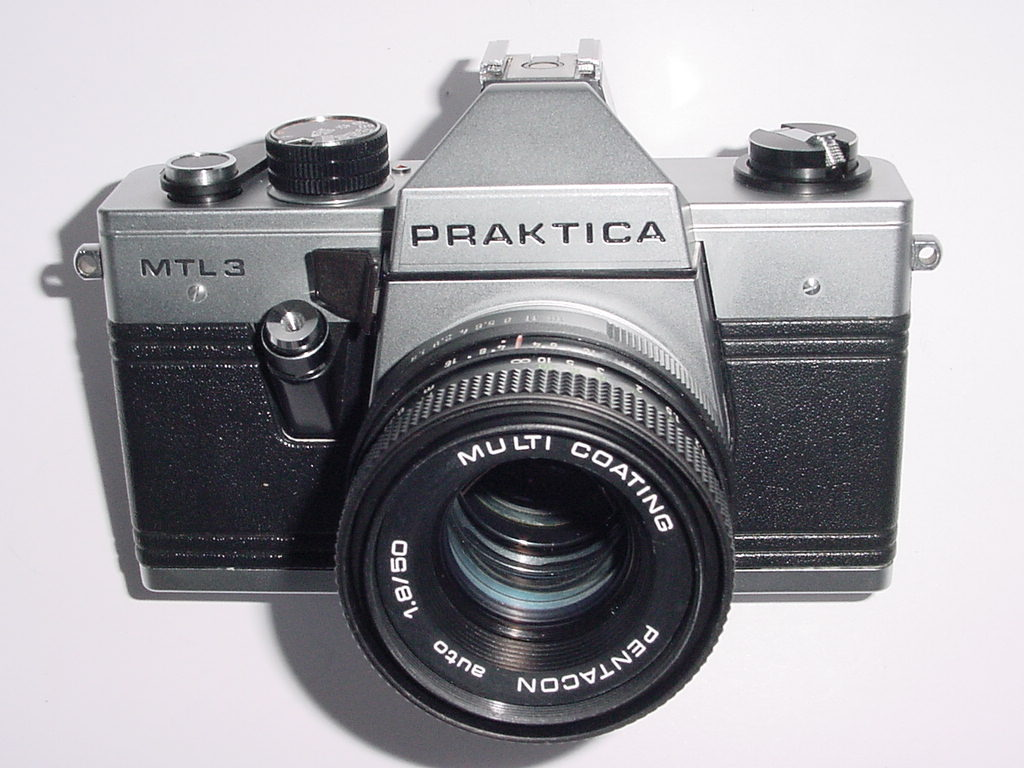 PRAKTICA MTL 3 35mm Film Camera with Pentacon 50mm F/1.8 auto Lens