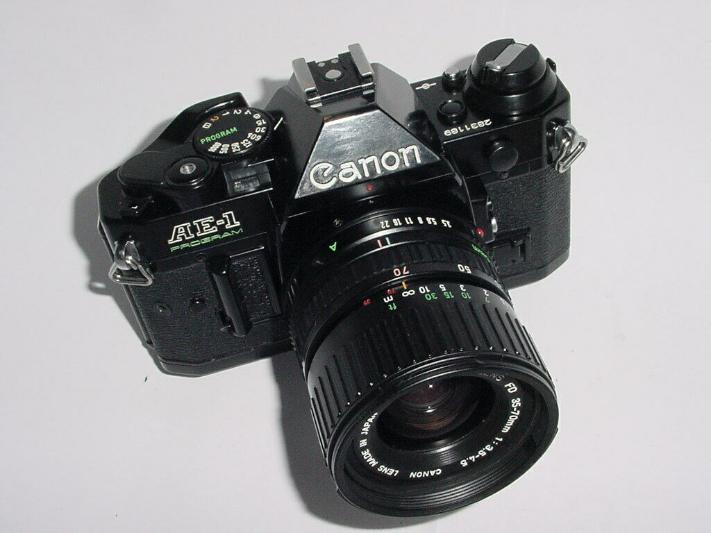 Canon AE-1 Program 35mm SLR Film Manual Camera + 35-70mm Lens