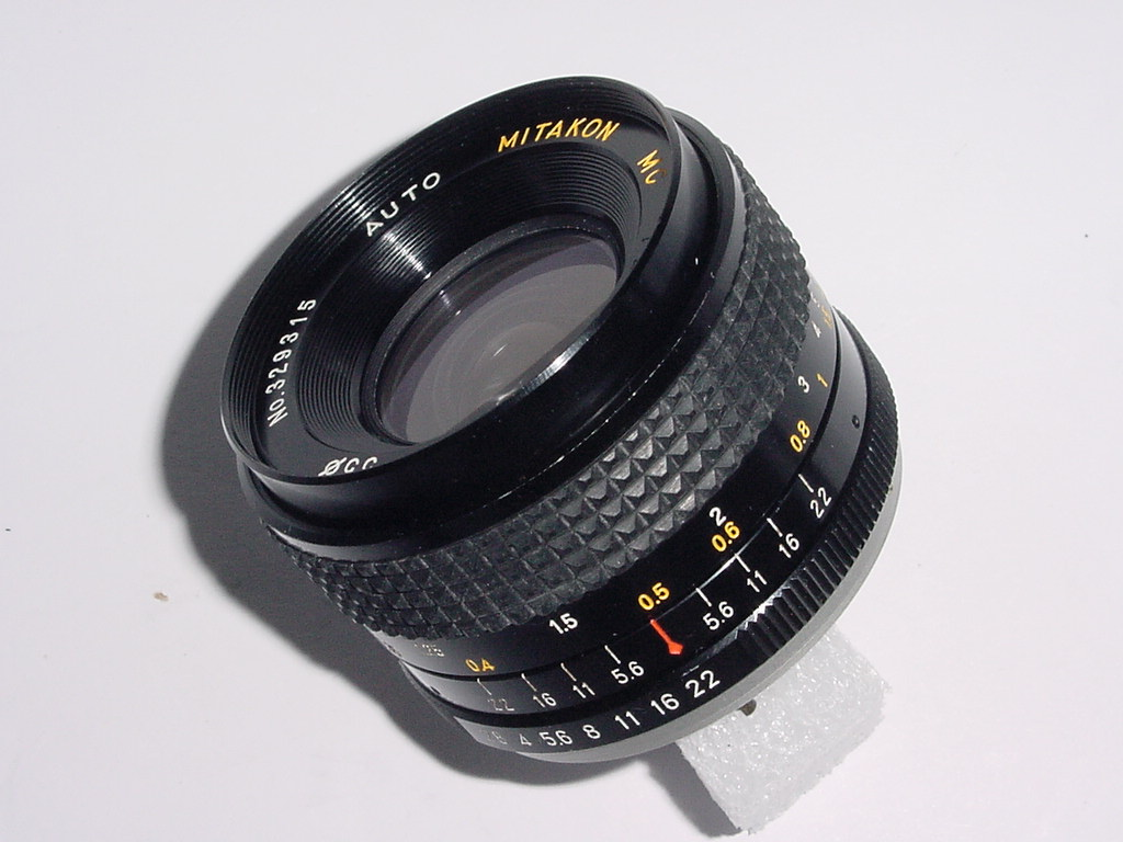 MITAKON 28mm F/2.8 MC Manual Focus Wide Angle Lens For Yashica/Contax