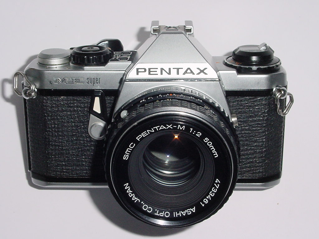 Pentax ME Super 35mm Film manual SLR Camera + Pentax M 50mm f/2 smc Lens