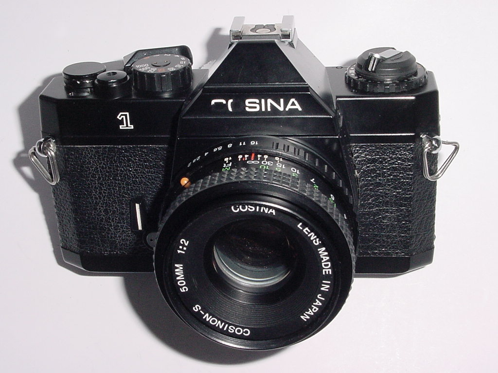 COSINA CT-1 35mm Film SLR Manual Camera with Cosina 50mm F/2 Lens