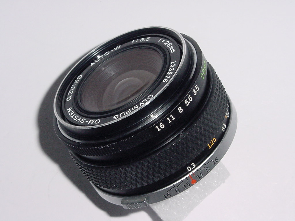 Olympus 28mm F/3.5 G.ZUIKO AUTO-W Manual Focus Wide Angle Lens