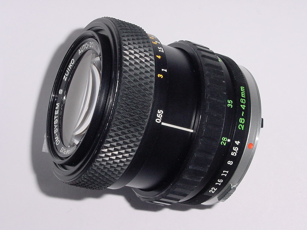 Olympus 28-48mm F4 Zuiko AUTO-ZOOM Manual Focus Lens