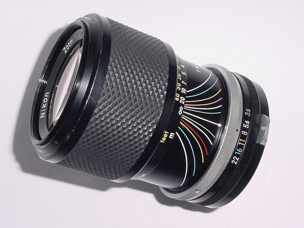 Nikon 43-86mm F/3.5 Pre-AI Zoom-NIKKOR.C Manual Focus Zoom Lens
