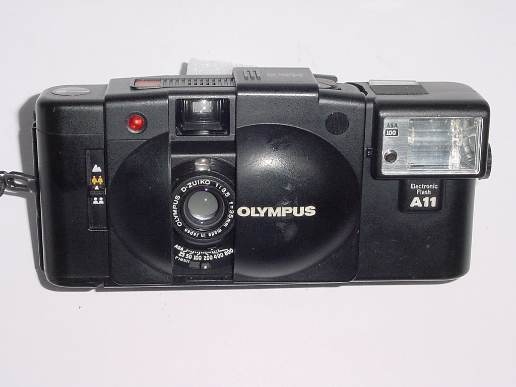 Olympus XA 2 35mm Film Camera with D.Zuiko 35mm F/3.5 Lens + A11 Flash