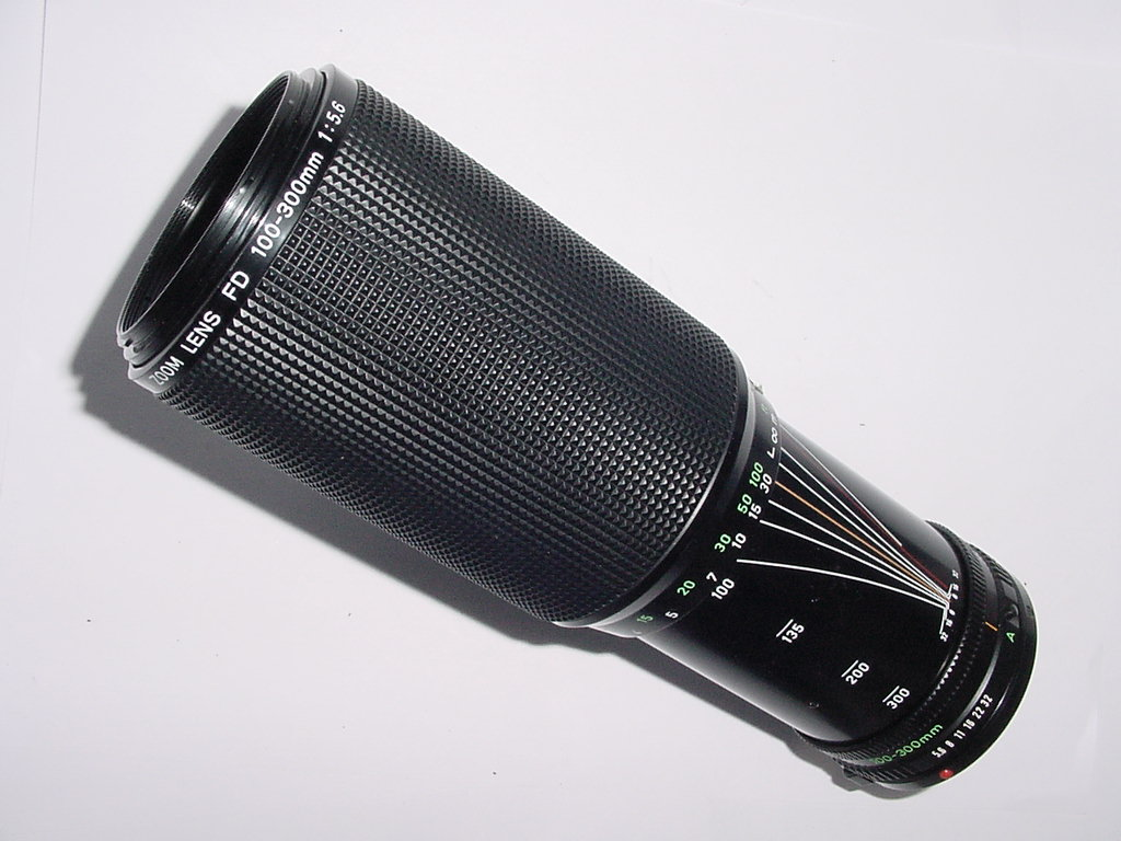 Canon 100-300mm f/5.6 FD Manual Focus Zoom Lens