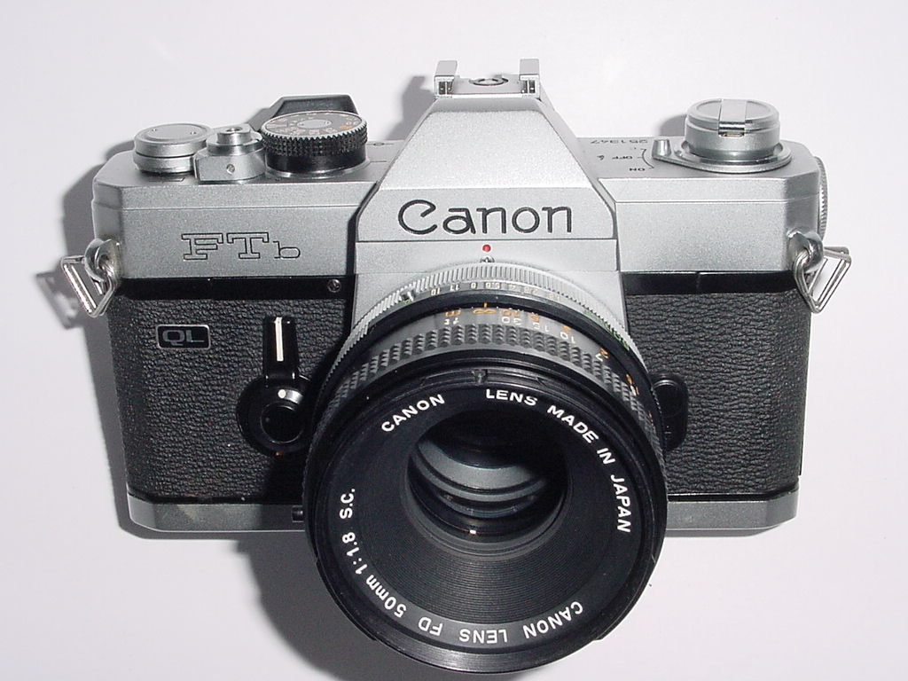Canon FTb QL 35mm Film SLR Manual Camera with Canon 50mm F/1.8 FD S.C. Lens
