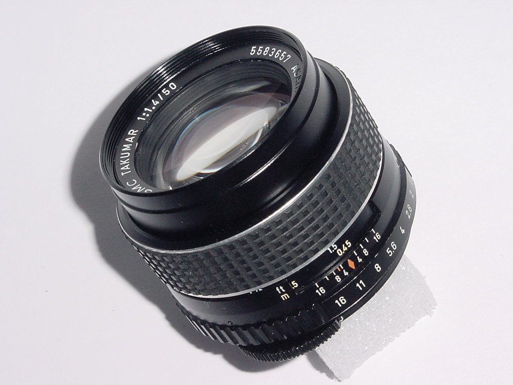Pentax TAKUMAR 50mm F/1.4 SMC M42 SCREW MOUNT MANUAL FOCUS LENS