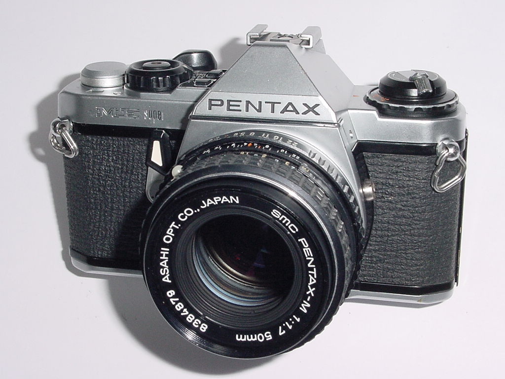 Pentax ME Super 35mm Film manual SLR Camera + Pentax M 50mm f/1.7 smc Lens