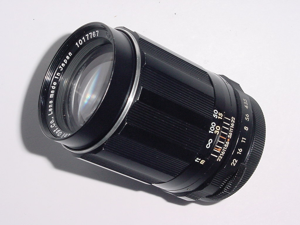 PENTAX Super-Takumar 135mm F/3.5 M42 Screw Mount Manual Focus Lens