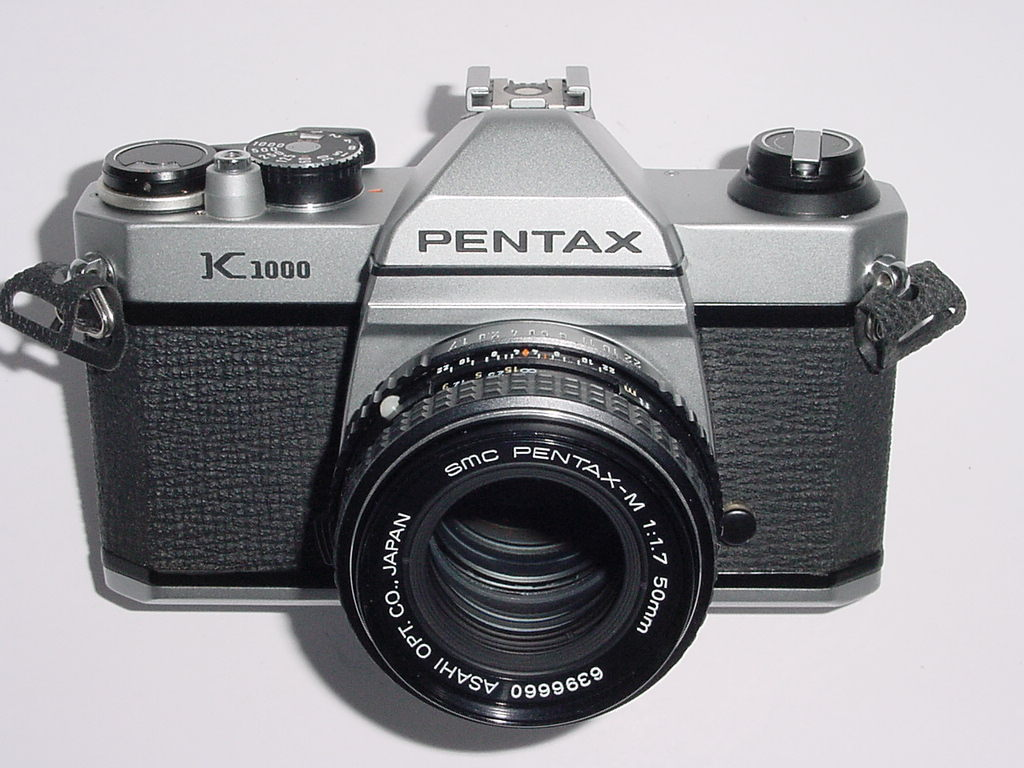 Pentax K1000 35mm Film SLR Manual Camera with Pentax 50mm F/1.7 SMC Lens