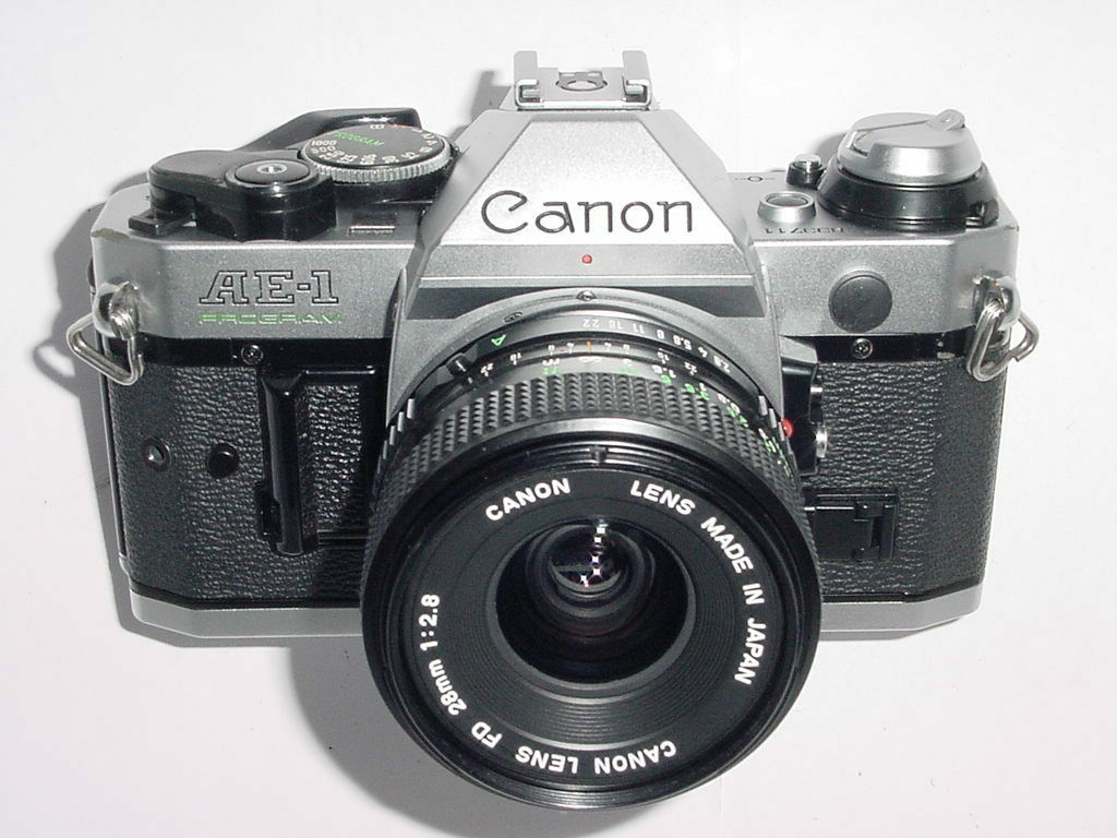 Canon AE-1 Program SLR Film Manual Camera + Canon 28mm F/2.8 Len
