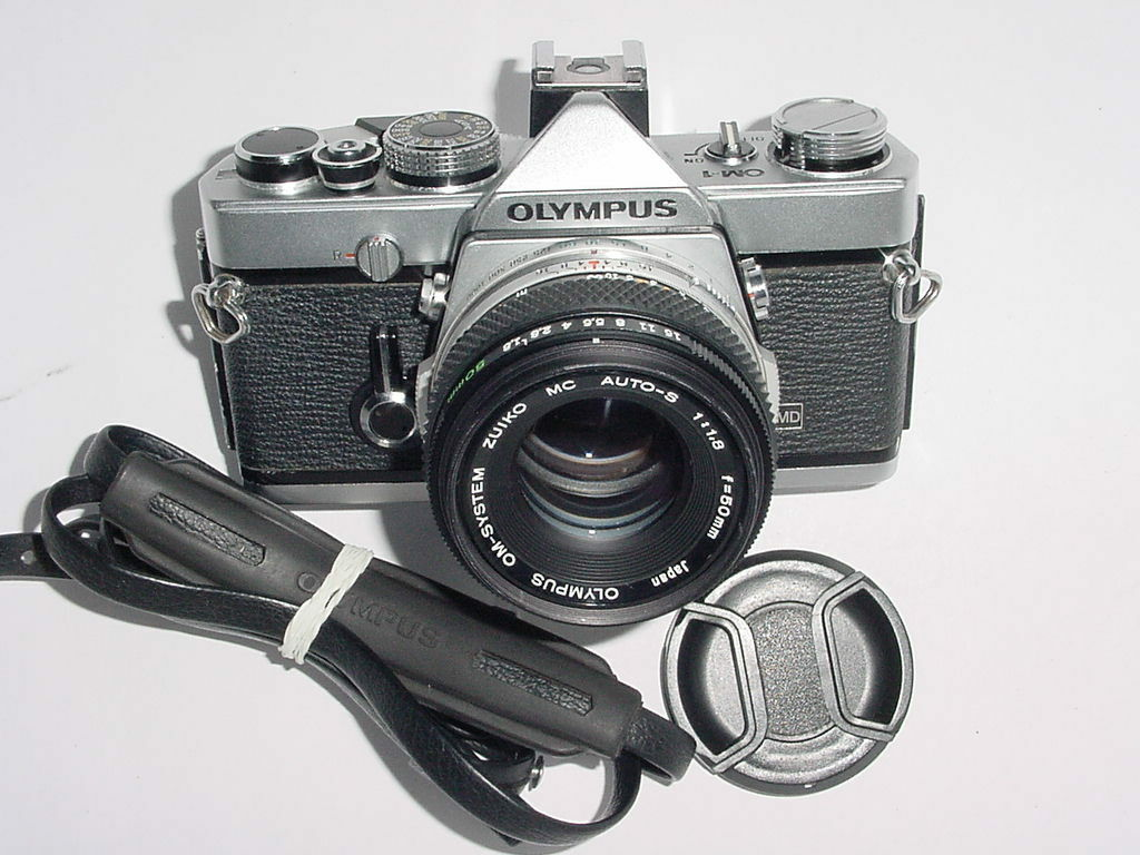 Olympus OM-1 MD Film SLR Manual Camera w/ 50mm F1.8 Lens