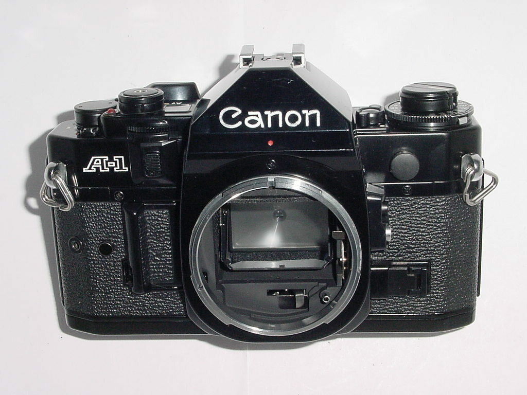 Canon A-1 35mm SLR Film MANUAL Camera Body