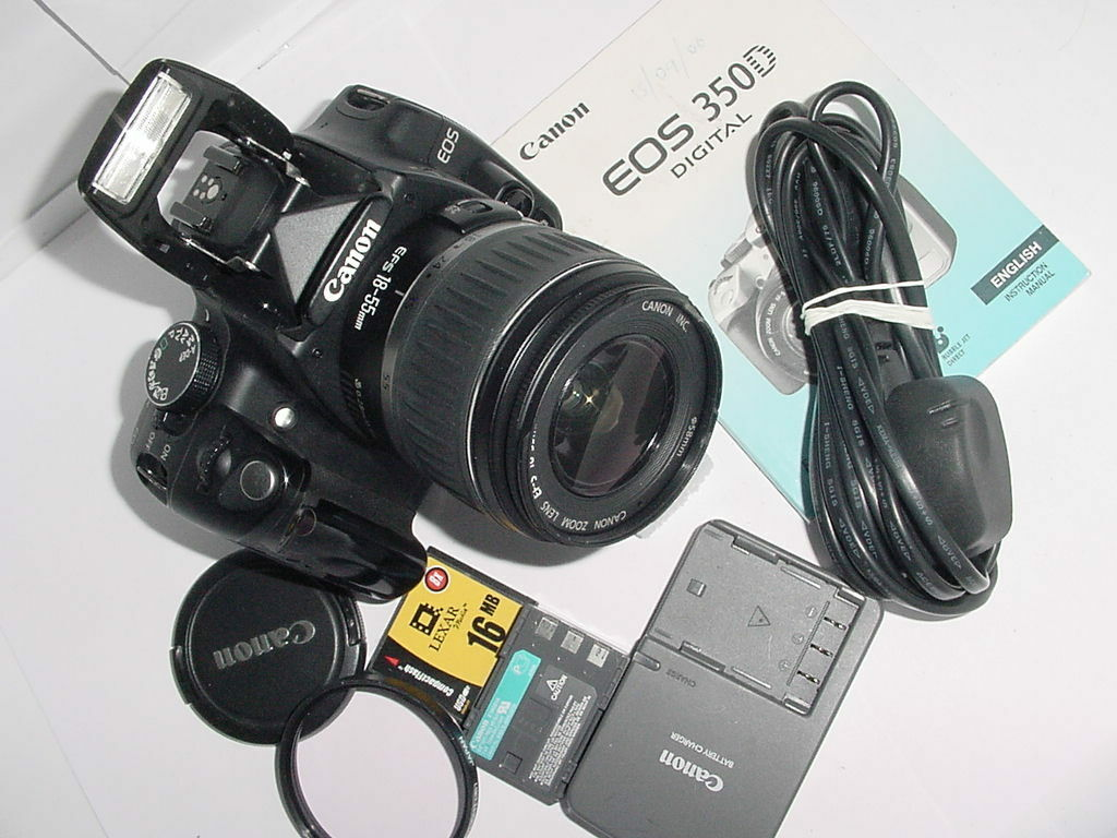 Canon EOS 350D Digital SLR Camera with Canon 18-55mm EFS II Zoom Lens