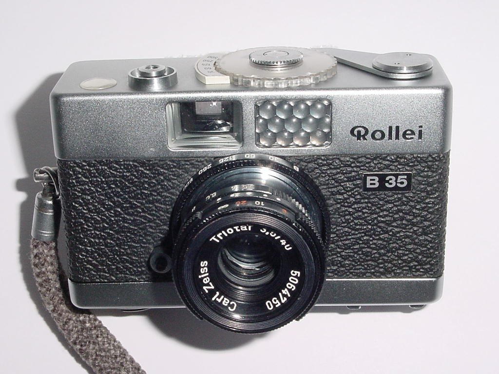 Rollei B 35 Film Camera with Triotar 40mm F/3.5 Lens
