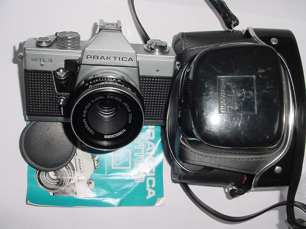 PRAKTICA MTL 3 35mm Film Camera w/ Carl Zeiss 50mm F/2.8 Jenna DDR Tessar Lens