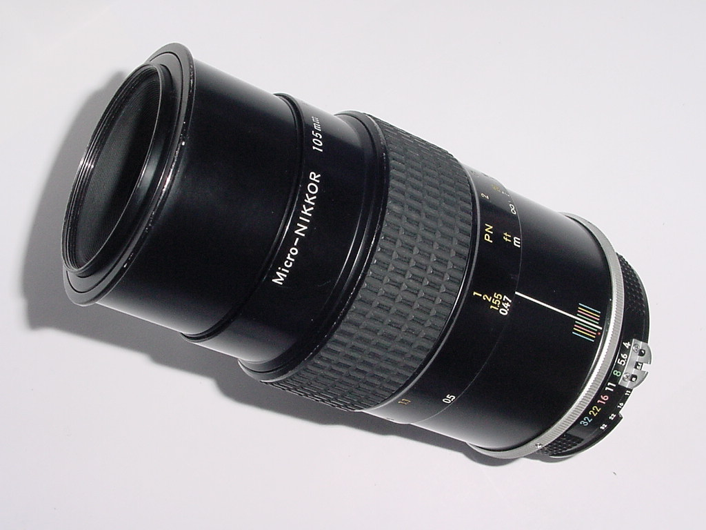 Nikon 105mm F/4 AI Micro-NIKKOR Manual Focus Lens