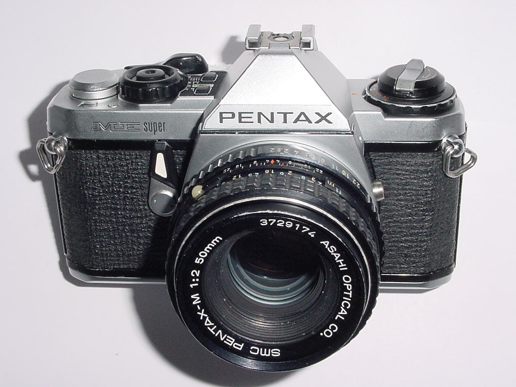 Pentax ME Super 35mm Film manual SLR Camera with Pentax M 50mm f/2 smc Lens