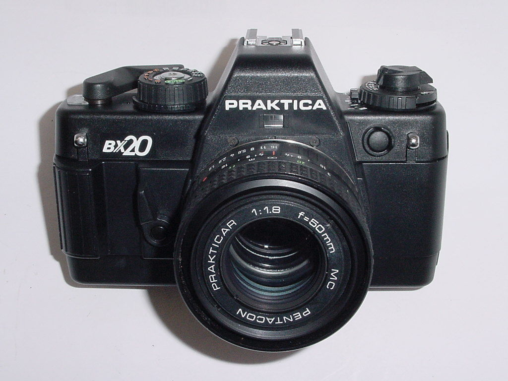 Praktica bx20 35mm film slr camera with pentacon 50mm f 1.8 mc lens