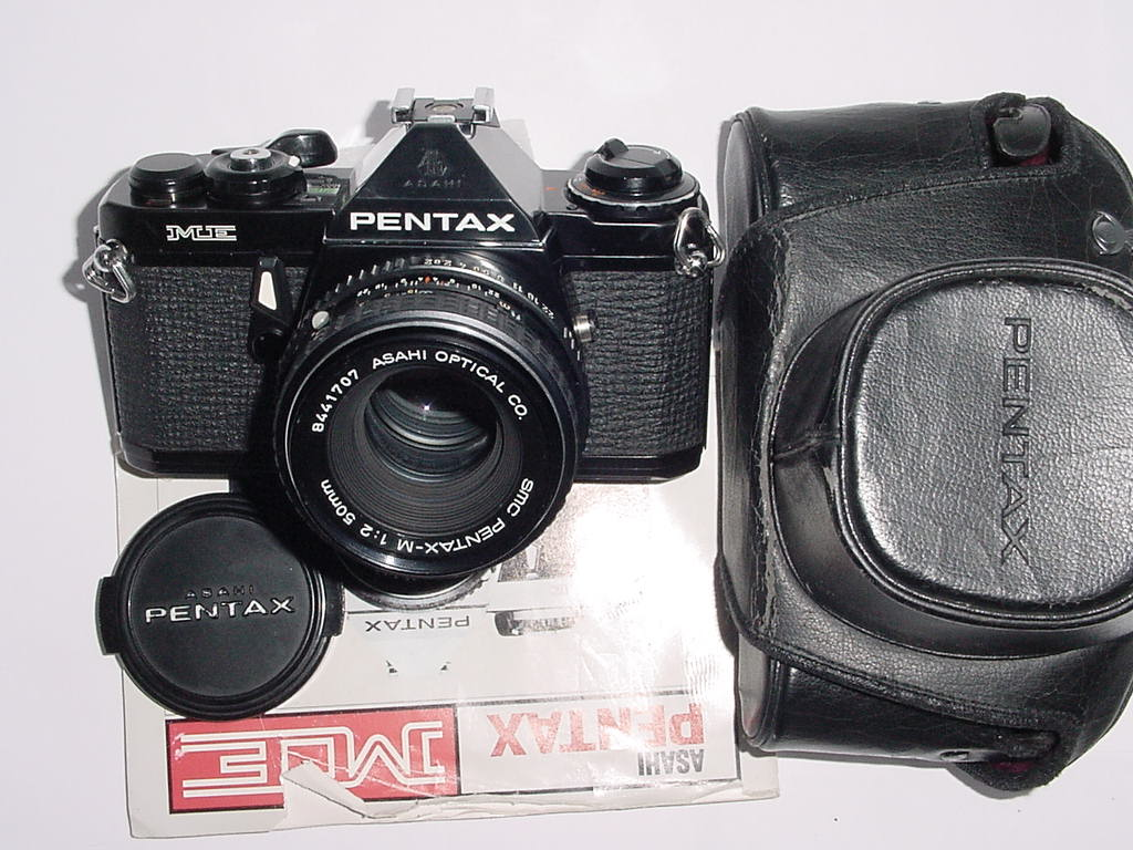 Pentax ME 35mm Film manual SLR Camera with Pentax 50mm F/2 smc Lens - Black