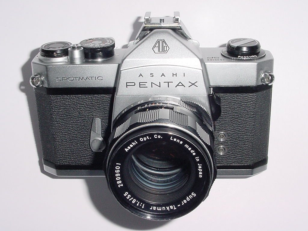 Pentax SPOTMATIC SP 35mm Film Manual Camera with Super Takumar 55/1.8 Lens