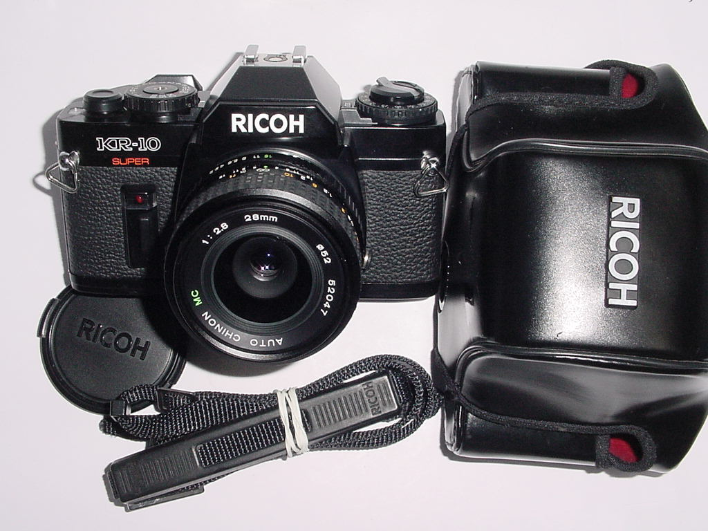 RICOH KR-10 SUPER 35mm Film SLR Manual Camera w/ CHINON 28mm F/2.8 MC Lens
