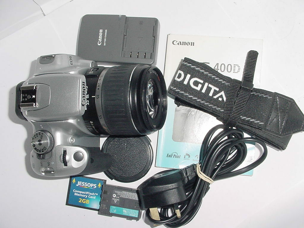 Canon EOS 400D Digital 10mp Digital SLR Camera + EFs 18-55mm Len