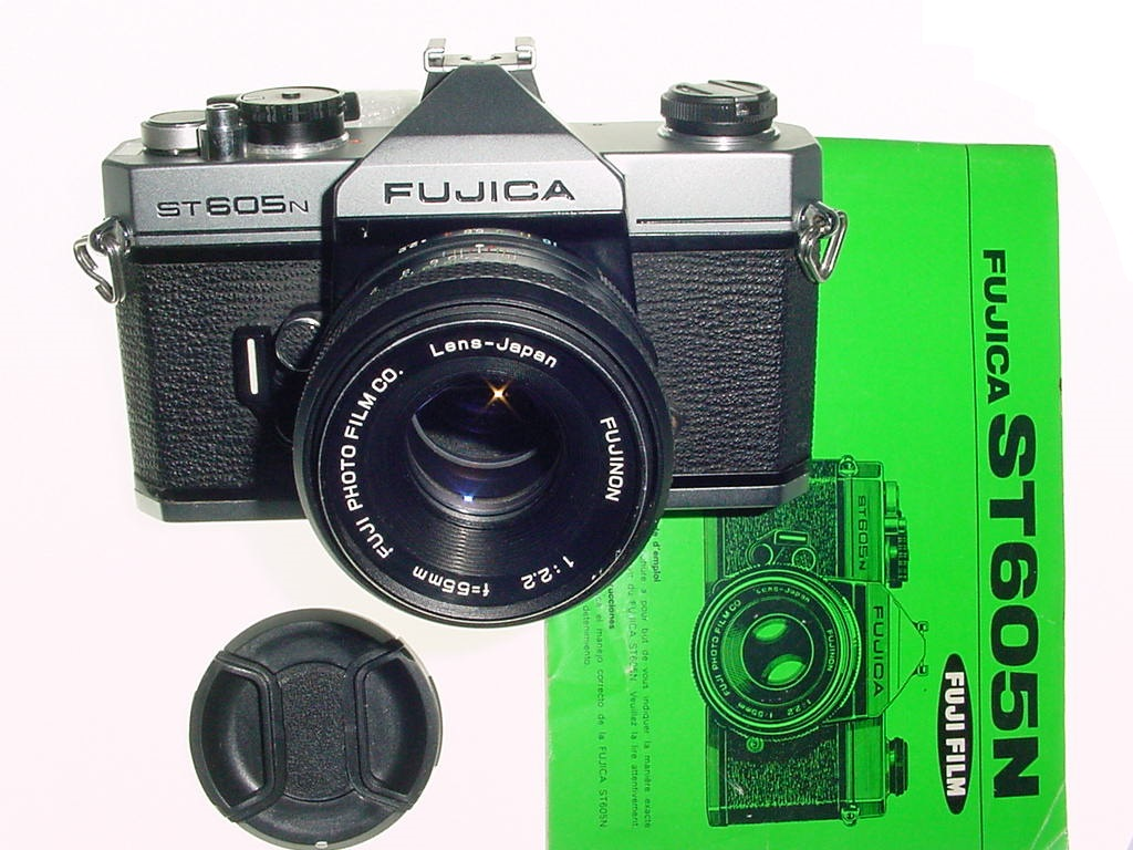 FUJICA ST605N 35mm Film SLR Camera with FUJINON 55mm F/2.2 Lens