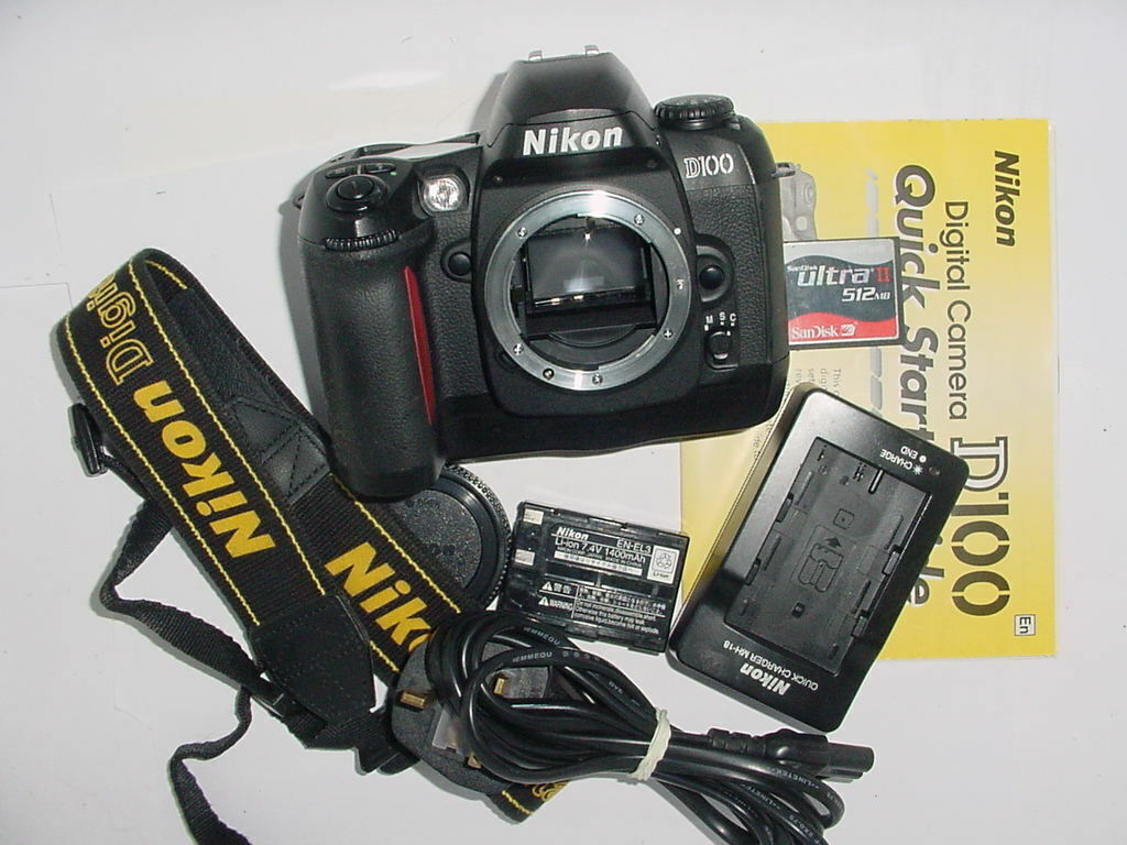Nikon D100 6.1 MP Digital SLR Camera Body